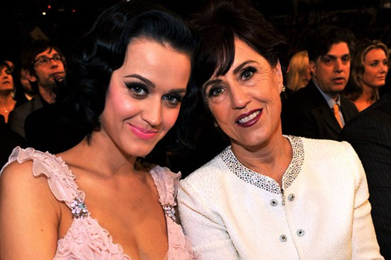 """Katy Perry's Mother Has a Message for Parents of """"Prodigals"""": Praising God Through the Pain"""