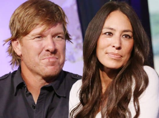 "You Won't Believe the Tweet That Caused Chip and Joanna Gaines to End ""Fixer Upper"""