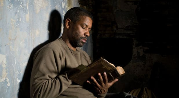"""WATCH: Denzel Washington Tells Students """"Everything I Have is By the Grace of God"""""""