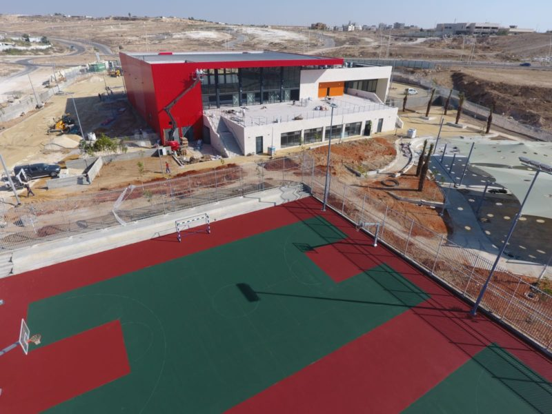 First-ever Bedouin Swimming Pool Opens in Rahat