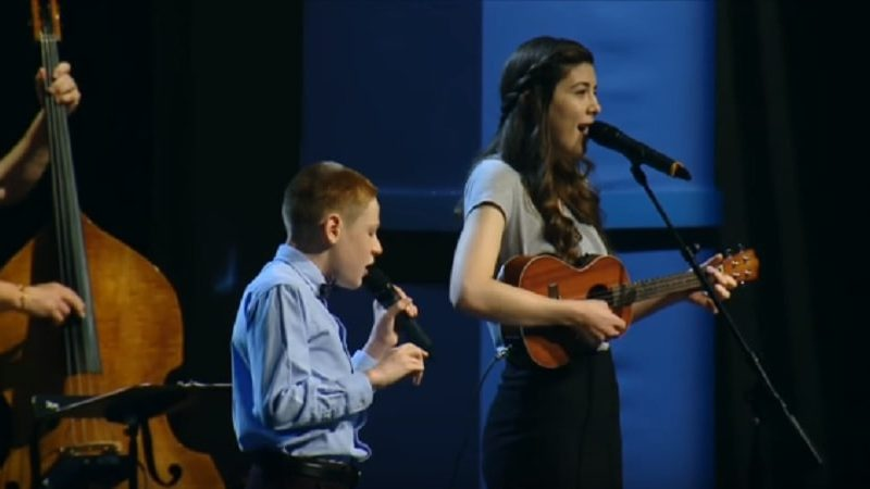 Girl Begins To Sing For God—Blind Brother Joins In, Making A Beautiful Duet!