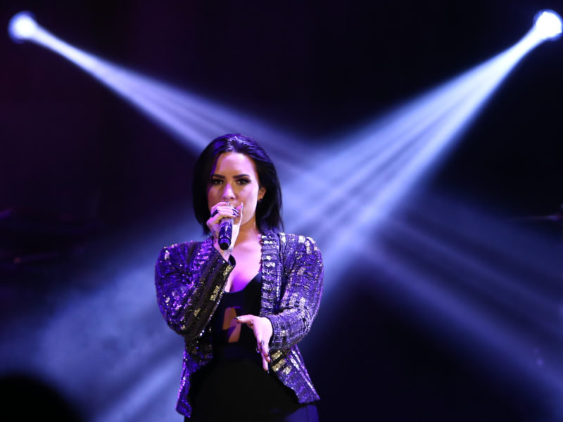 Demi Lovato – Prayers For A Full Recovery