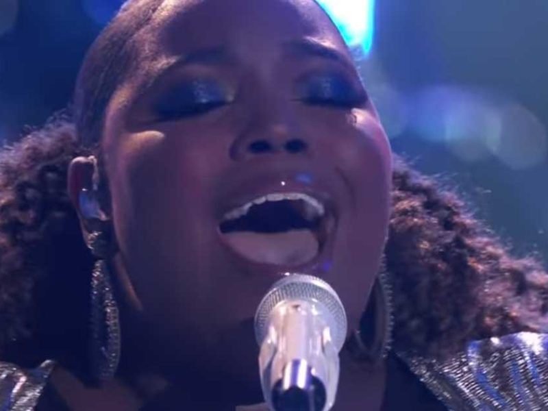 Watch: Kymberli Joye Powerfully Sings 'Oceans' on The Voice's Top 10 Performance