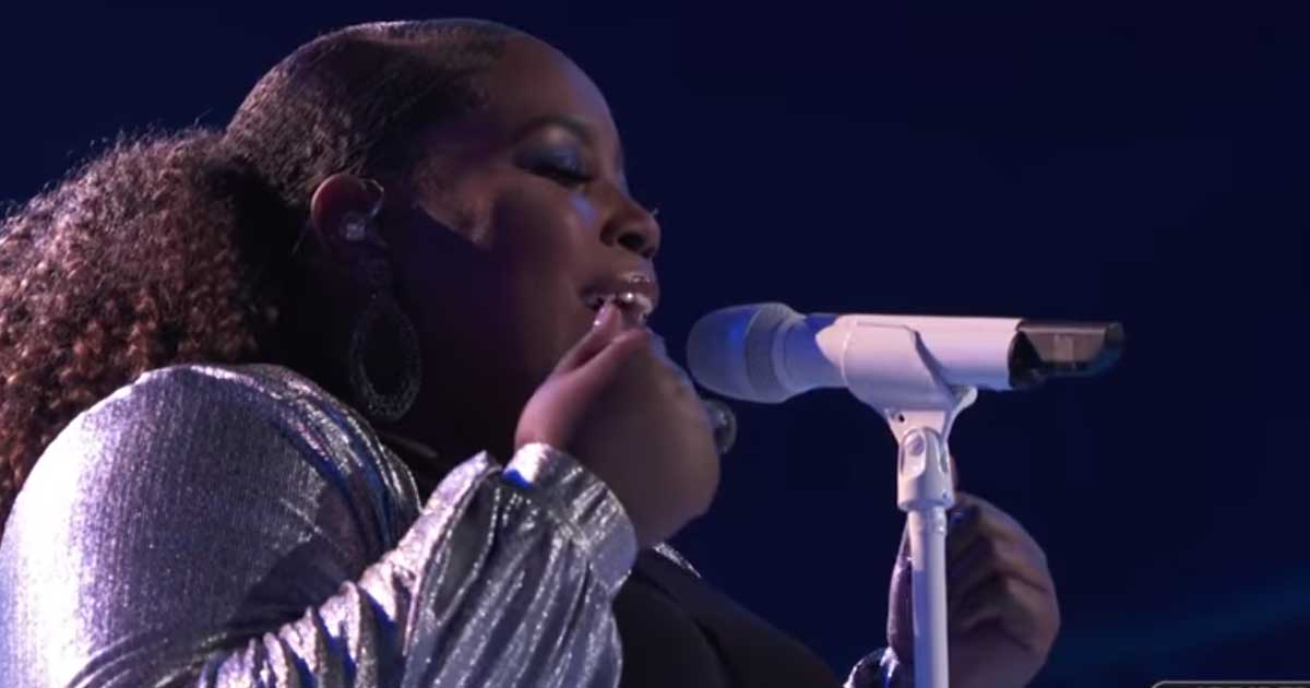 Watch: Kymberli Joye Powerfully Sings 'Oceans' on The