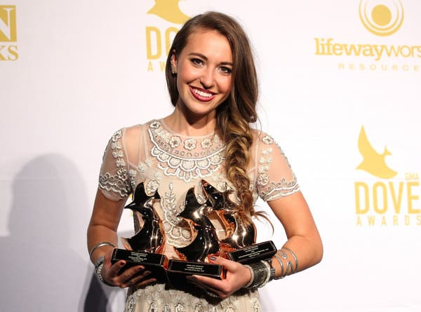 Dear Lauren Daigle: Please Remember Christians Like Me Who Are Cheering You On