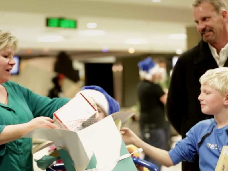 Airline Blows Passengers Away With Incredible Christmas Surprise