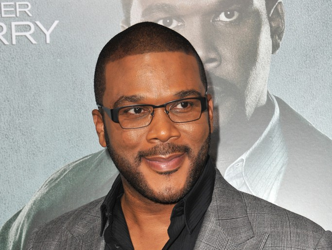Tyler Perry Lands The Role Of Santa Claus Paying Off Shopper's Layaways