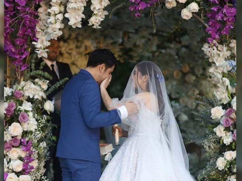 Christian Singer Makes Groom Cry With Original Song On Their Wedding