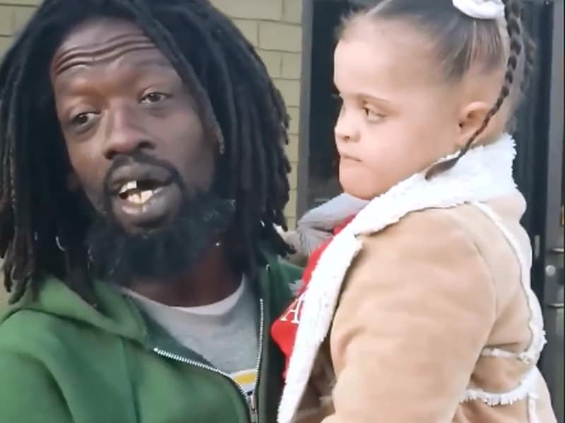 8 Year Old Girl With Down Syndrome Sings With A Homeless Man