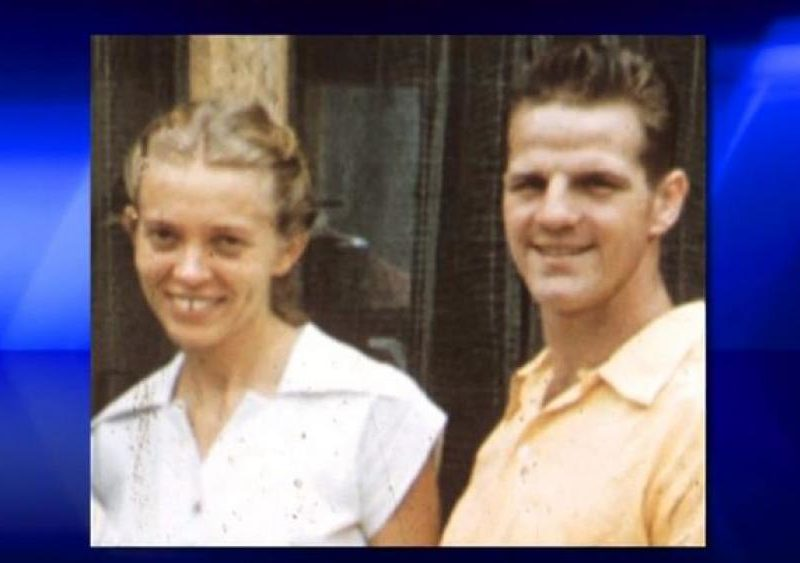 Slain Missionary's Daughter Shares Stunning, Love Letters Between Her Parents