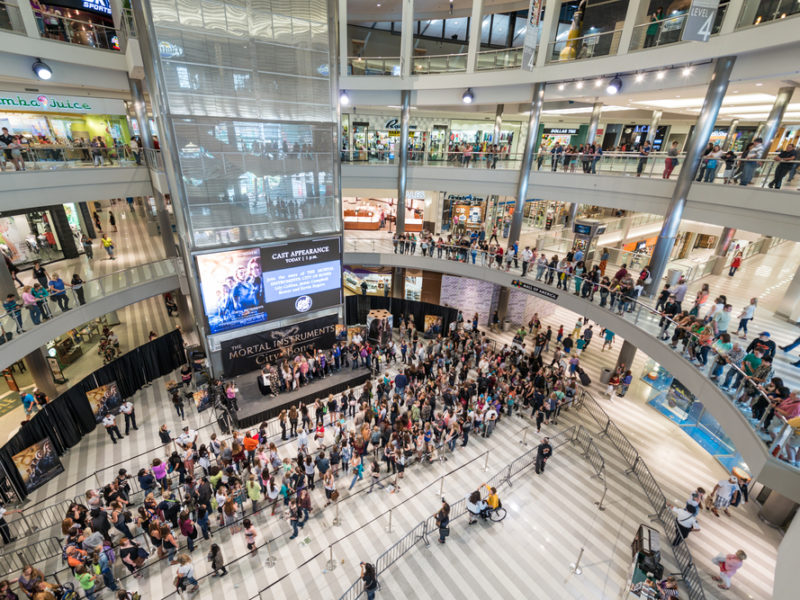 Child Survives Being Thrown From 3 Story Balcony In Mall Of America – Physicians Call It A Miracle!
