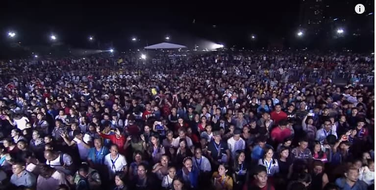 19,000 Saved, After Billy Graham's Grandson, Will Graham Preaches In Manila, Philippines