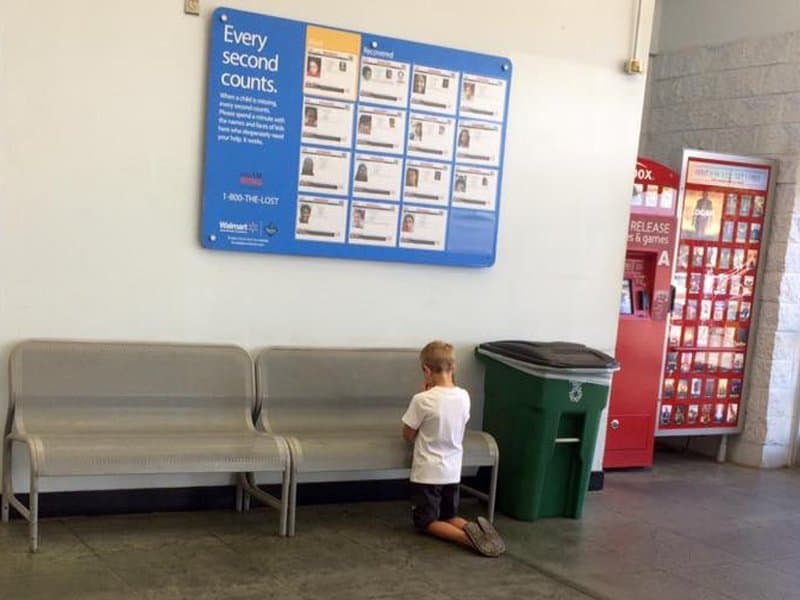 Little Boy Found Kneeling In Walmart Brings Everyone To Tears
