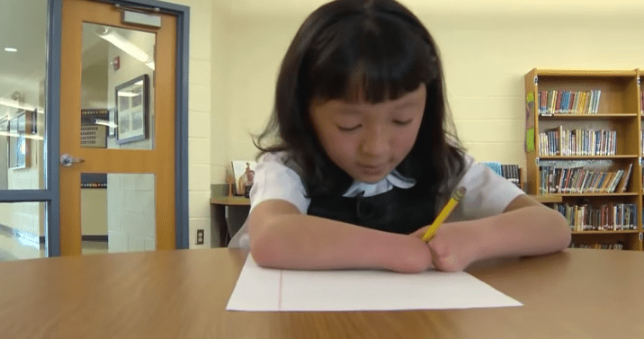 A Girl Born With No Hands Wins A National Handwriting Contest