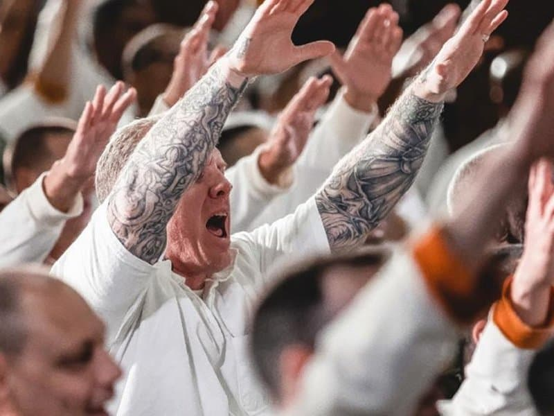 Rival Gang Members Baptized Together Inside Maximum Security Prison