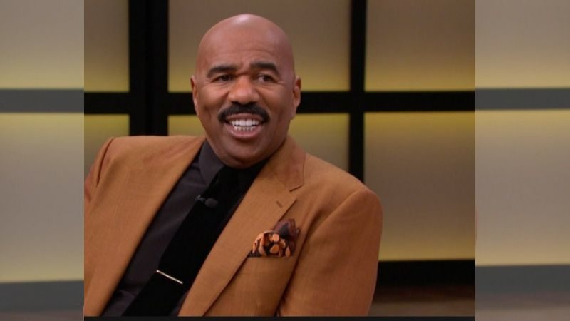 Steve Harvey Grants 8 College Students A Full Scholarship, His Reason Will Move You