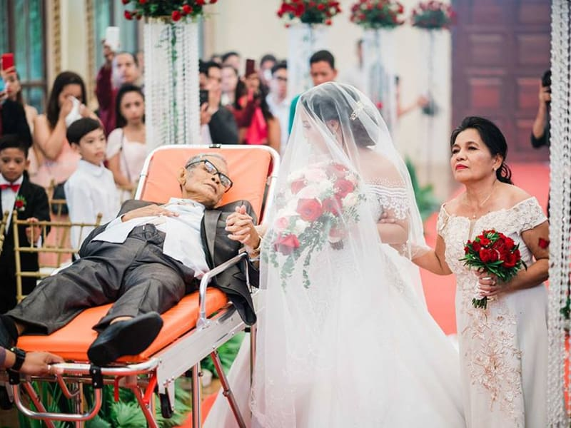 Terminally Ill Dad Lives To See His Daughter's Wedding Day. Passes Away Days Later