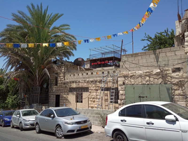 25 years After Purchase, Israelis Enter Home in Eastern Jerusalem
