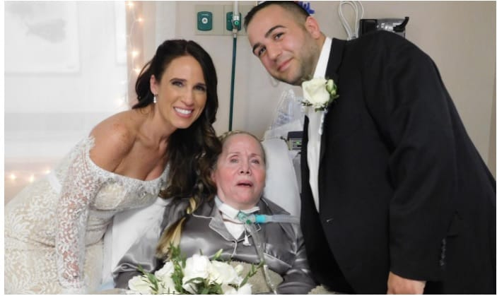 Bride Decides To Take Her Wedding To A Nursing Home To Surprise Her Mother