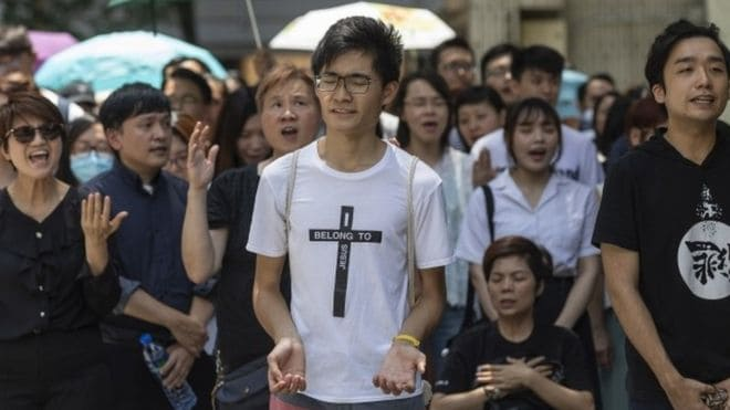 Hong Kong Christians Protest with Worship and Prayer