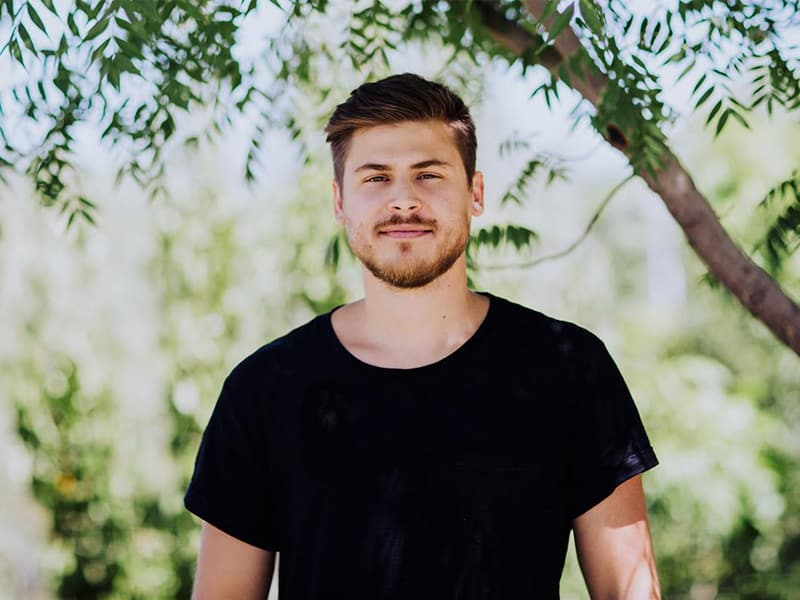 Christian Worship Leader Cory Asbury Shares How God's 'Reckless Love' Broke His Addiction