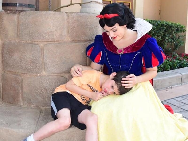 Disney World's Snow White Comforts Boy Who Has Meltdown