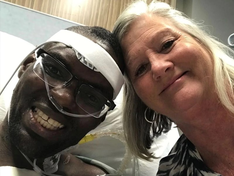 Nurse Adopts Homeless Man She Just Met So He Could Get A New Heart