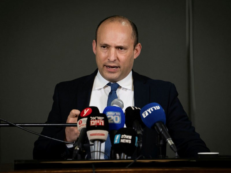 Defense Minister Establishes Team to Apply Israeli Sovereignty in Judea and Samaria