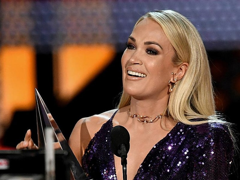 Carrie Underwood Thanks The Lord For Her Miracle Son