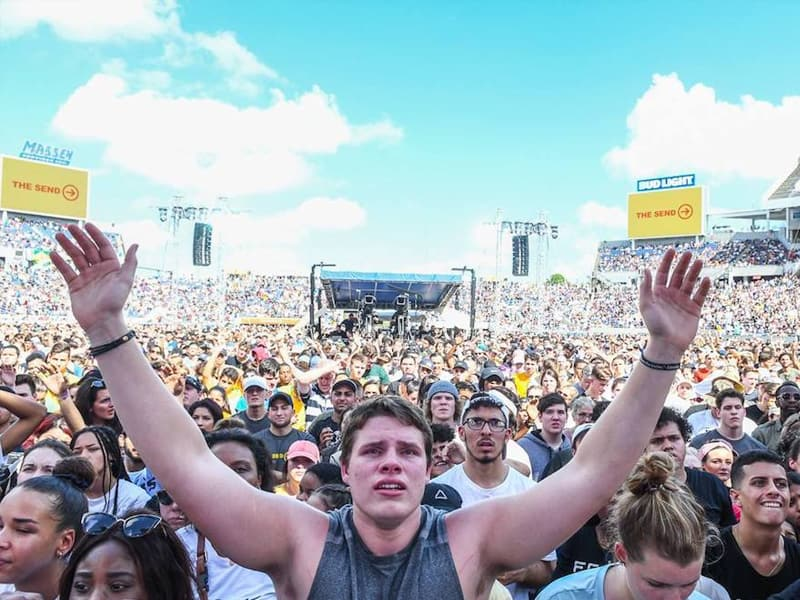 60,000 Christians From Across US Gather For A New 'Jesus Movement'