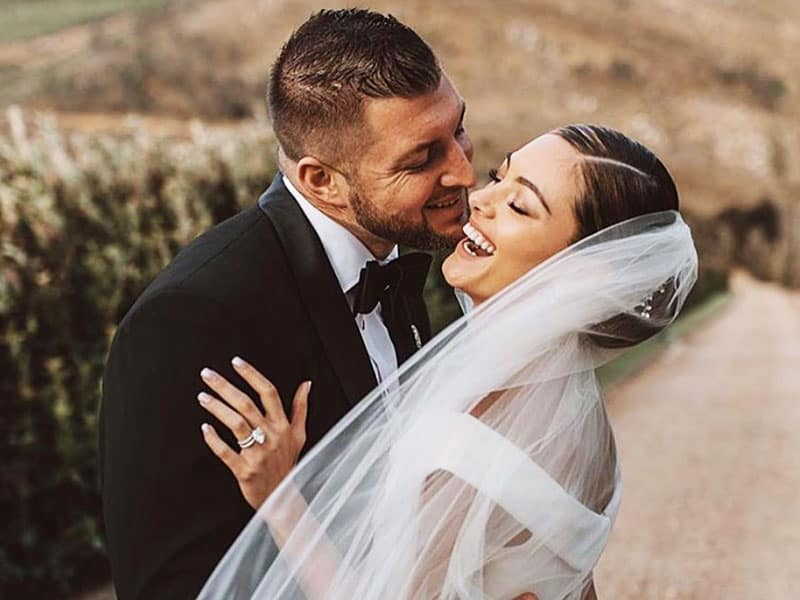 """Tim Tebow Marries Miss Universe 2017: """"It Was 100 Percent Worth The Wait"""""""