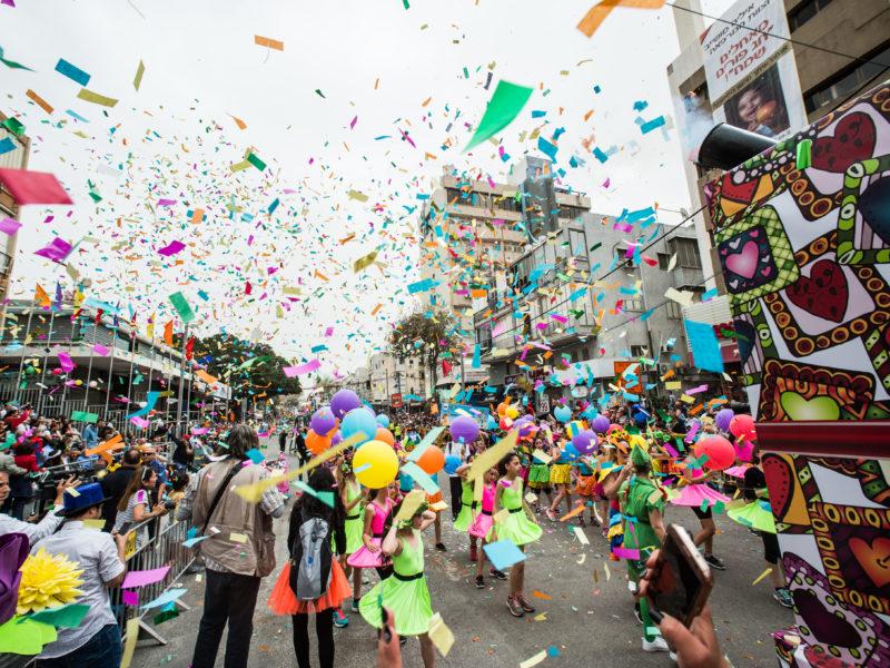 Israel Ranks 14th in World Happiness Report, Tel Aviv 8th Happiest City
