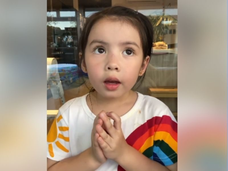 Adorable Kid Asked To Give A Message To Doctors Ended Up Praying For Them