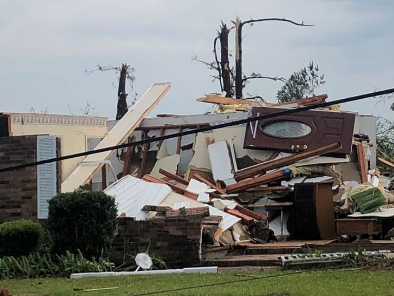 Woman Calls On Jesus And Survives South Carolina Tornadoes