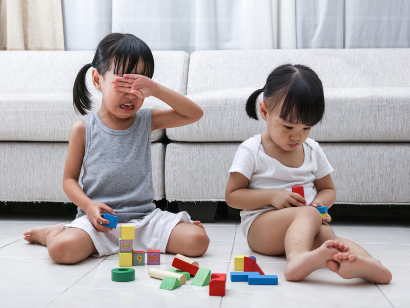 4 Tips To Better Address Sibling Rivalry And Foster Love