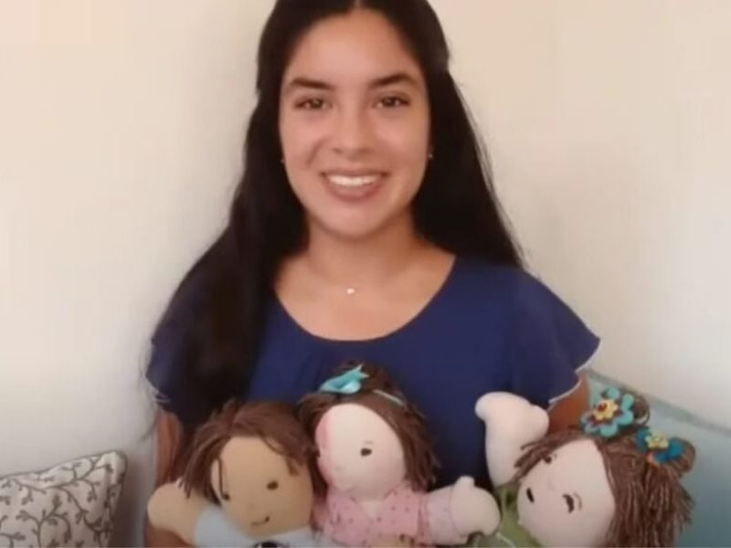 Teen Creates Dolls Resembling Kids With Unique Medical Conditions To Make Them Feel Loved