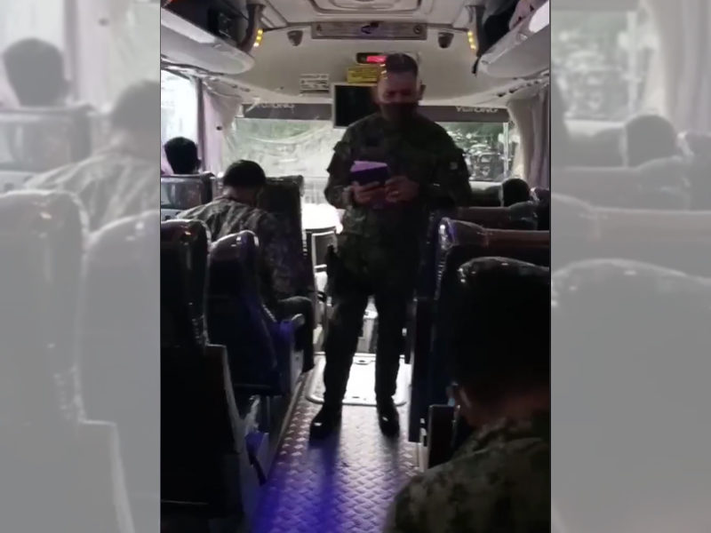 Police Officer Shares The Gospel To His Comrades And Leads Them To Accept Jesus Christ