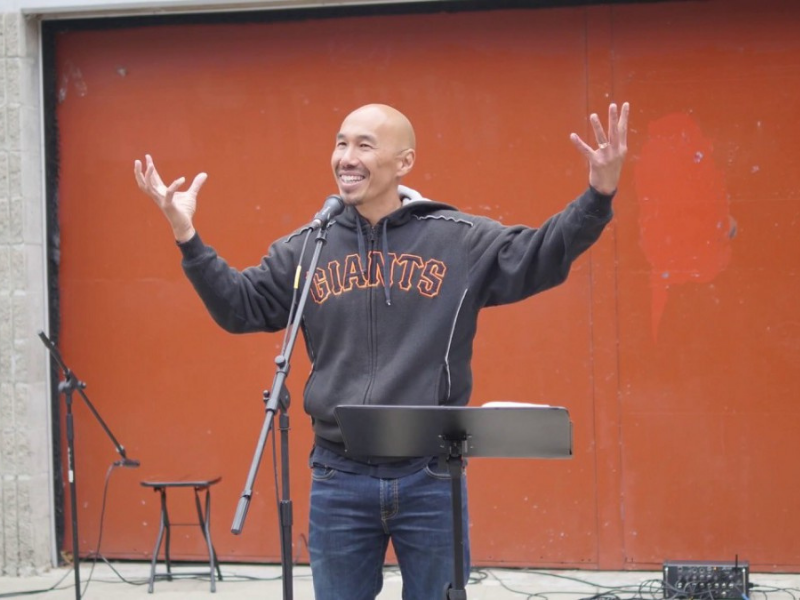 """Francis Chan Says Christian Parents Should """"Take Advantage"""" Of The Pandemic"""