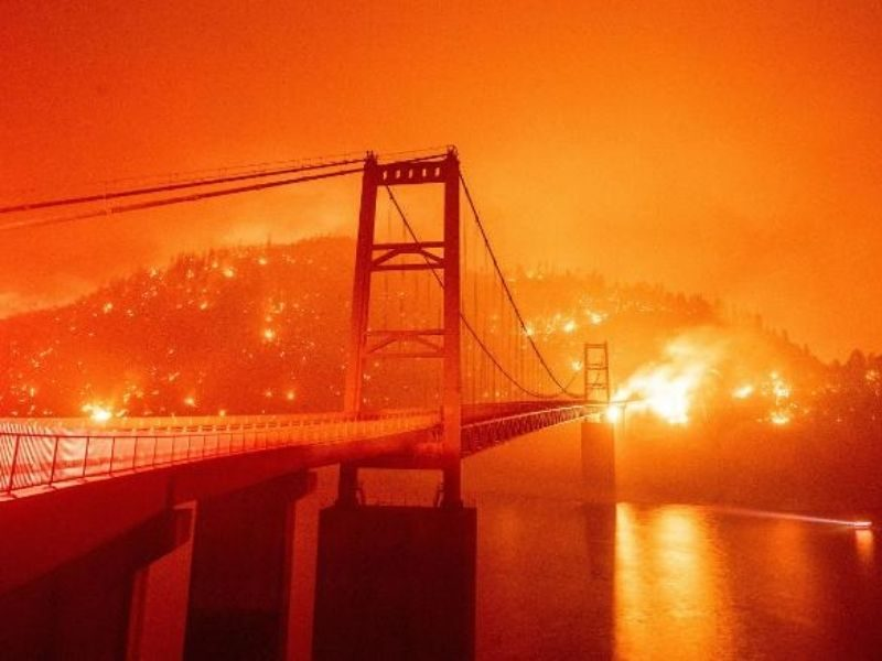 Prayers For West Coast As Wildfire Continues To Rampage Region And Death Toll Fears To Rise