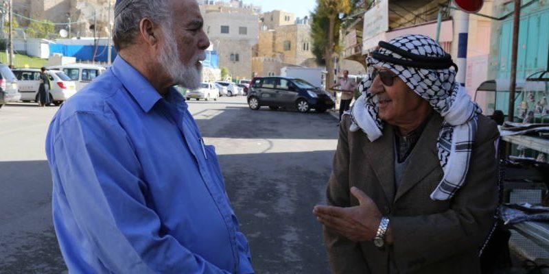 Arab Contractor Donates Prayer Area To Israeli Community In Samaria