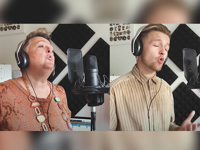 Mother And Son Sing Beautiful Rendition Of 'Hallelujah'