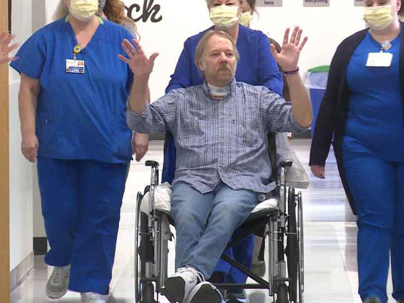 Man Survived 4-Month Long Battle With COVID-19: 'This Is A Miracle!'
