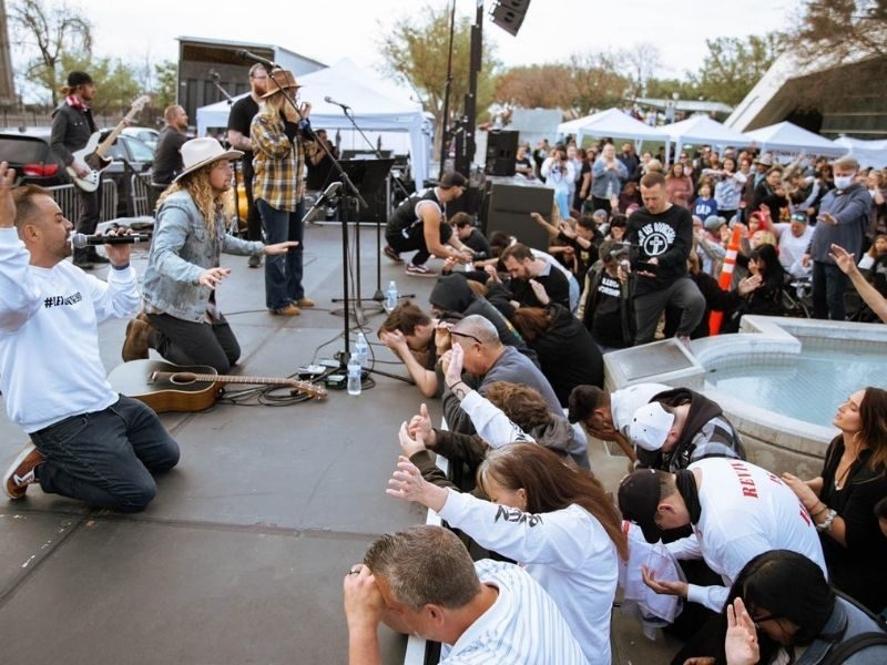 Revival Breaks Out In California As Addicts Surrender Cigarettes And Vapes On Stage