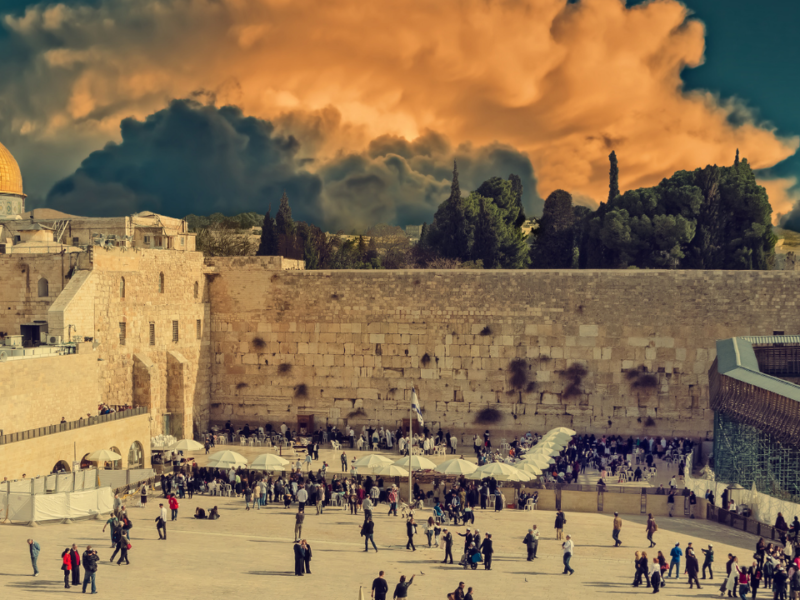 Temple Mount and Western Wall Hotspots of Hostility as Jews Observe Sacred Day of Mourning